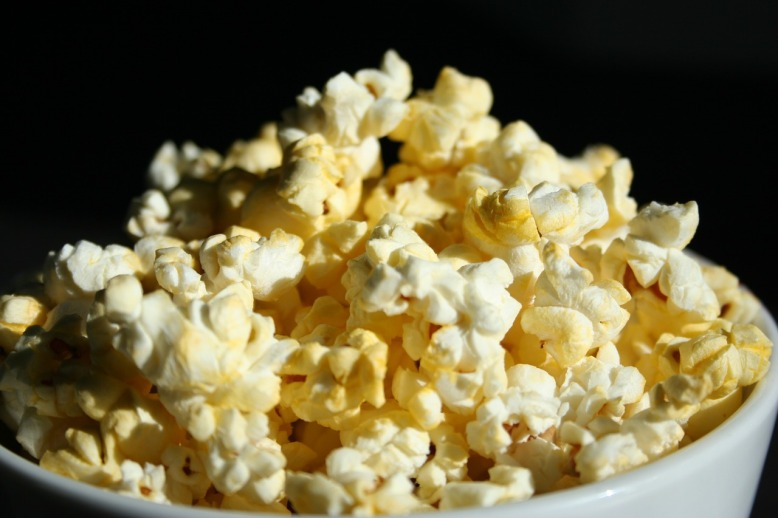 popcorn-707364_1280