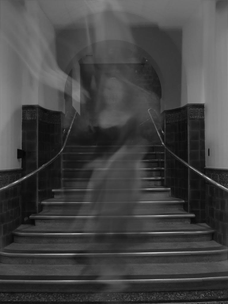 london_ghost_1-3_zps75612050